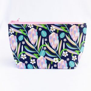 Native-Flora-Cosmetics-Bag